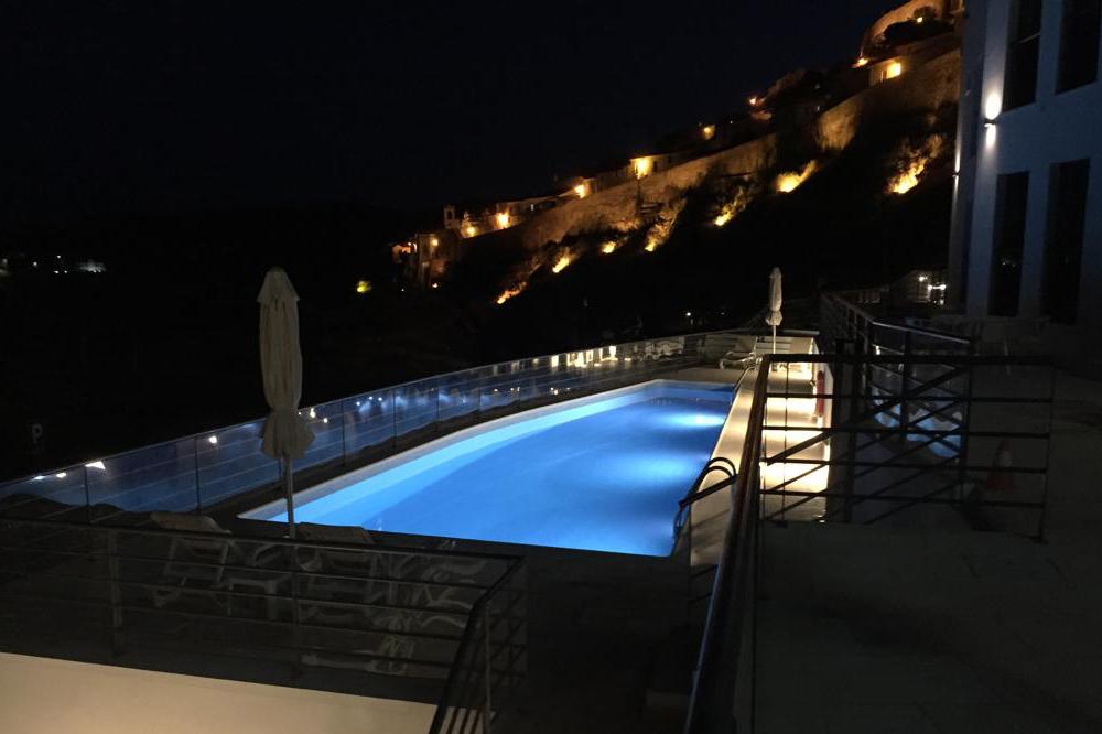 Hotel com piscina em Mértola